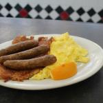 Chicken Sausage Links & Eggs w/ Hash Browns